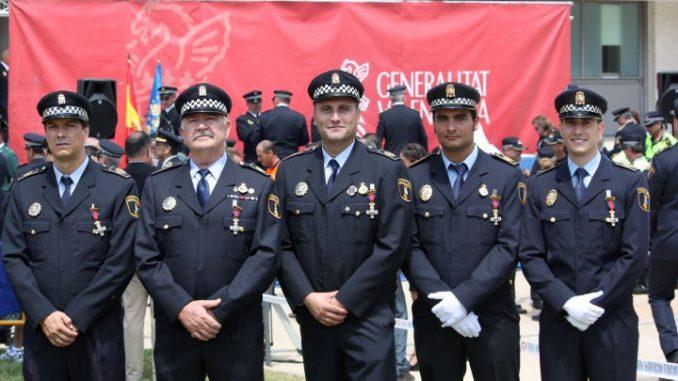 Policía condecorada