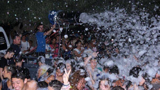 Fiesta de la Espuma San Roque
