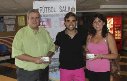 entrega invitaciones España Rumania