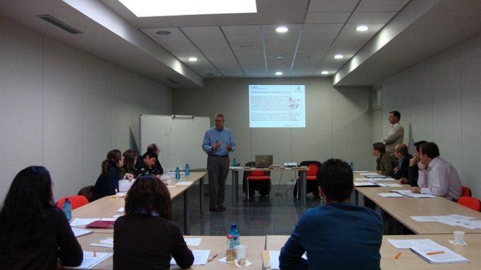 curso Gestión de la Innovación Tecnológica- Estudio de casos Large2