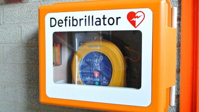 defibrillator-809447 1920