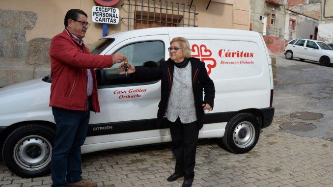 vehiculo caritas