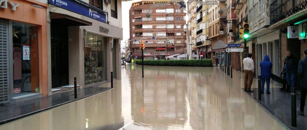 calle Alfonso XIII inundada