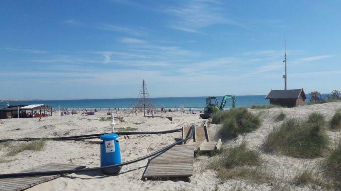 beach damage orihuela costa