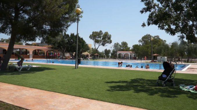 Piscinas municipales las palmas piscinas municipales de for Piscina las palmas