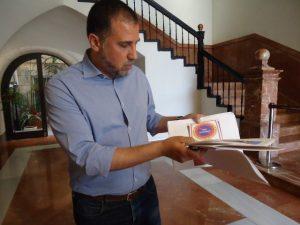 """CLR asegura que Orihuela pierde mucho dinero por la """"falta de interés"""" de Zapata"""