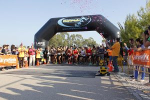 Más de 300 personas participan en la carrera 10 KM de San Isidro