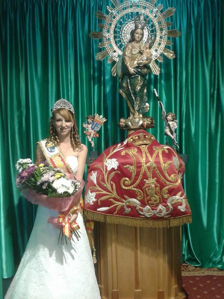 reina de las fiestas Los Montesinos