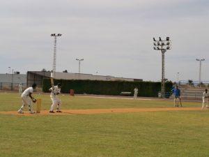 El centenario club de cricket Nomads London visita la Ciudad Deportiva de Torrevieja