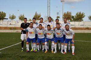 El FC Torrevieja da un paso de gigante al ganar por la mínima en Cullera