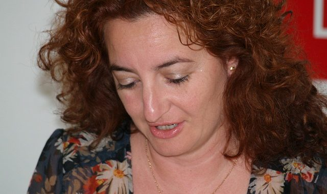 Fanny Serrano durante la rueda de prensa