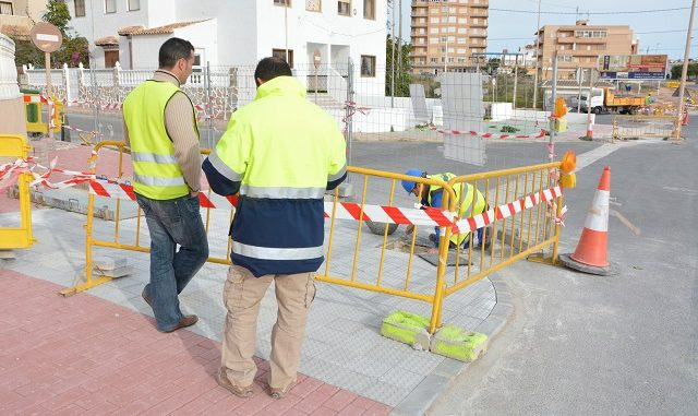 A PUNTO DE FINALIZAR LAS OBRAS DE REURBANIZACIÓN DE LA AVENIDA ALFREDO NOBEL 3