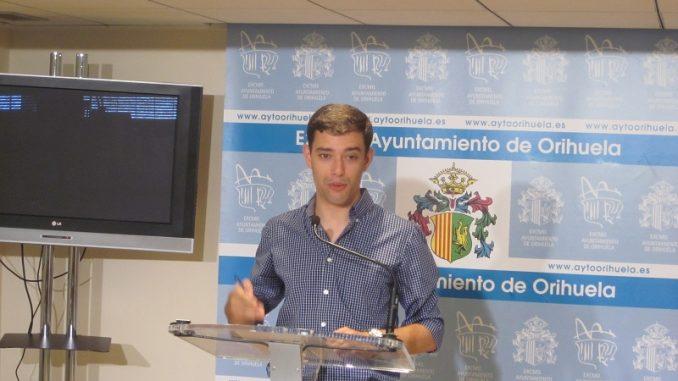 Víctor Ruiz 5ago14