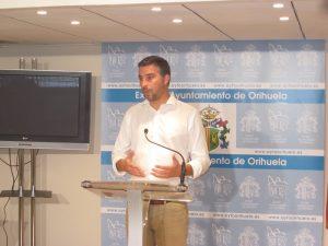 Zapata advierte que solo convocará el Pleno de agosto si se modifica el ROP