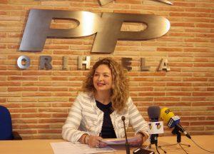 El Juzgado cita el 22 de diciembre al Ayuntamiento de Orihuela para aclarar el despido de la exdirectora de la María Moliner