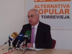 Soler propone que las remuneraciones se limiten a trece concejales
