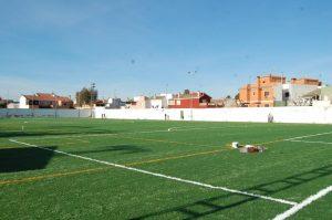 La Diputación de Alicante invierte dos millones de euros en la renovación del césped artificial de campos de fútbol de la provincia