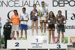 Plácido Domingo y Marina López, campeones del III Triatlón Playas de Orihuela