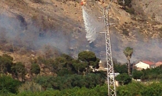 Helicóptero incendio 31may2015