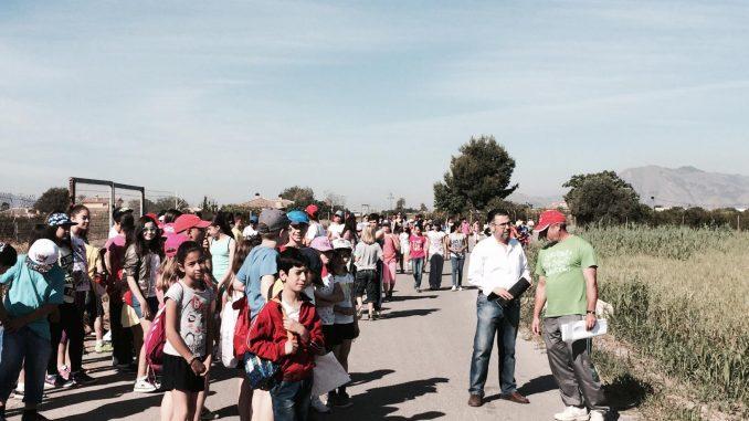 Alumnos visita pueblo 8may15