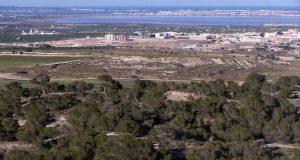 IU denuncia en Bruselas las obras de Diputación en un área protegida de Sierra Escalona