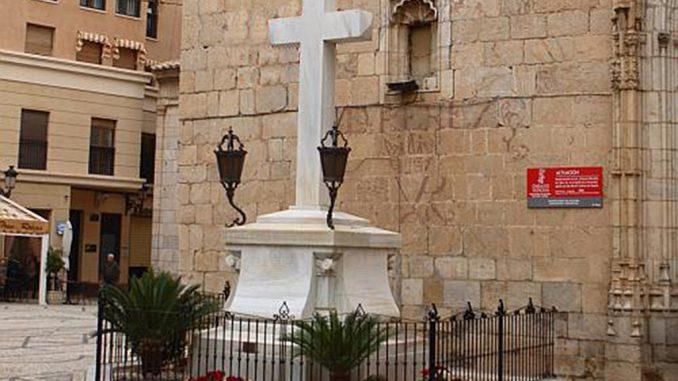 Cruz Caídos Callosa