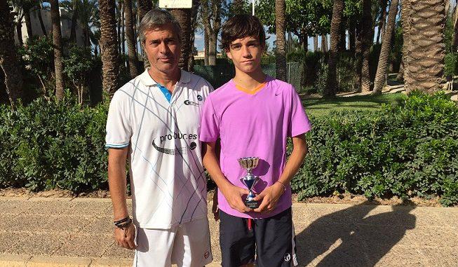 Emilio Huete campeon en Elche 1