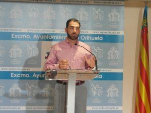 """Orihuela """"desbloquea"""" las ayudas para material escolar y las asociacines sociosanitarias"""