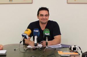 Torrevieja prepara una ordenanza de cesión de los espacios públicos