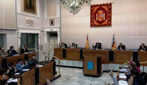 El Consell insta a los ayuntamientos a pactar ante el estado de emergencia en los residuos de la Vega Baja