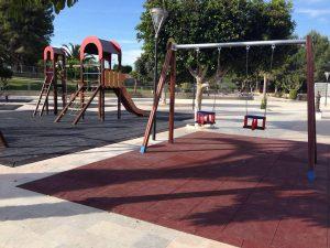 Algorfa restaura y amplia el parque infantil del polideportivo