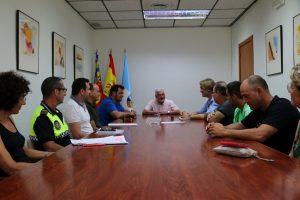 Dolón se reúne con los feriantes ante la aplicación de la nueva legislación del sector