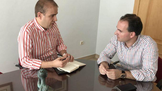 Ballester con alcalde de Formentera