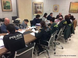 Pilar de la Horadada celebra la Mesa de Coordinación Policial contra la Violencia de Género
