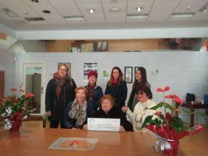 La Fundación Pedrera dona 3.200 euros a la Asociación Contra el Parkinson