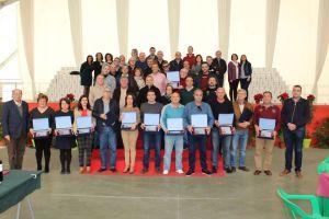 Homenaje a 41 trabajadores y a dos jubilados en el Ayuntamiento de Pilar de la Horadada