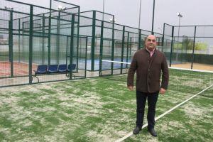 Orihuela reabre las pistas de pádel del Palacio del Agua tras los trabajos de acondicionamiento