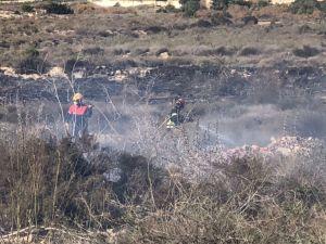 Un nuevo incendio en Torremendo calcina 400 metros cuadrados de matorrales