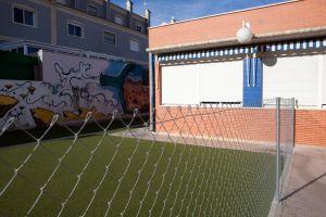 """Denuncian que las obras en el Colegio Los Dolses han convertido el centro en una """"trampa mortal"""" para los escolares"""