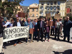 Pensionistas de la Vega Baja se movilizan