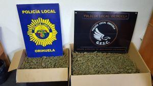 Detienen en Orihuela a un hombre que portaba 9 kilos de marihuana en el coche
