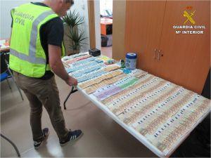 "La Guardia Civil desmantela un ""drogauto"" en Redován"