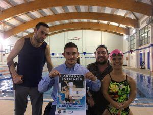 Albatera celebra el Aquaday Solidario con la participación del campeón nacional de natación Manuel Martínez