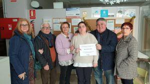 ADIS recibe 800 euros del Certamen Nacional de Nanas y Villancicos de Rojales