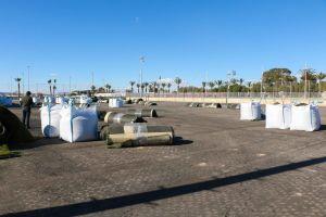 Comienzan las obras de renovación de los tapetes de los campos de fútbol 'Gabriel Samper' y 'Esteban Rosado'