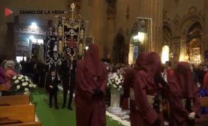 """Los """"Encuentros"""" de Catral, Callosa y Almoradí se celebran dentro de sus iglesias tras suspender las procesiones"""