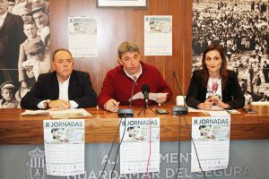 Profesionales del Centro de Salud de Guardamar realizan talleres de promoción del autocuidado