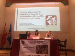 Dos trabajadoras del Centro de Atención Temprana de Orihuela participan en las XX Jornadas Regionales de Murcia