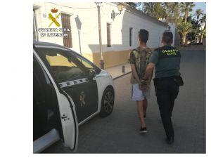 Tres detenidos por fracturar la clavícula a un Policía Local de Benejúzar durante las fiestas patronales