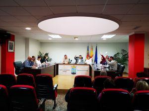 Rafal aprueba en un Pleno urgente iniciar el expediente de recuperación de oficio de la calle Infanta Elena